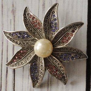 rhinestone pearl silver flower brooch pin
